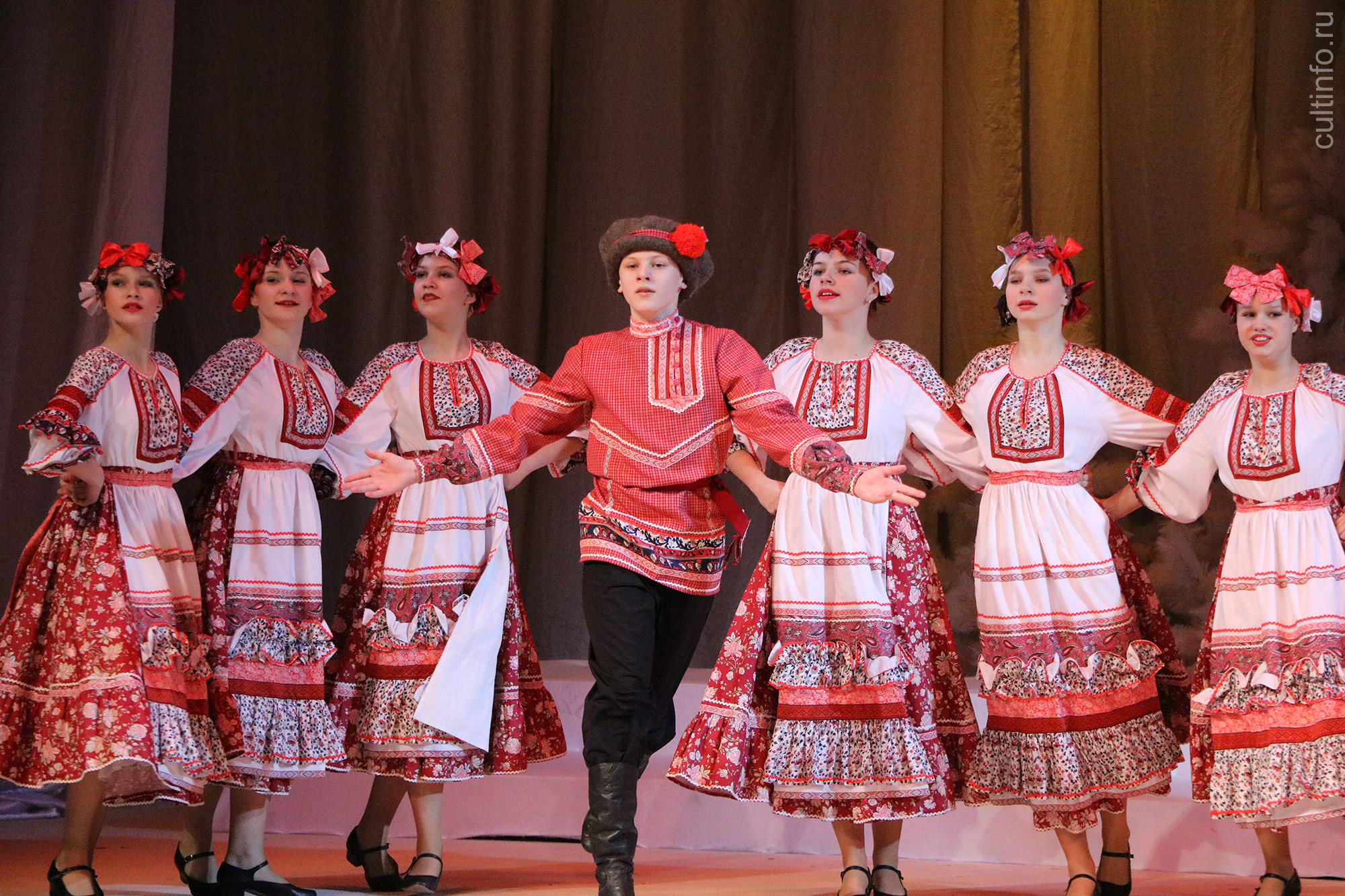 Вологодские коллективы приглашаются к участию в конкурсе хореографии «Созвездие юных»