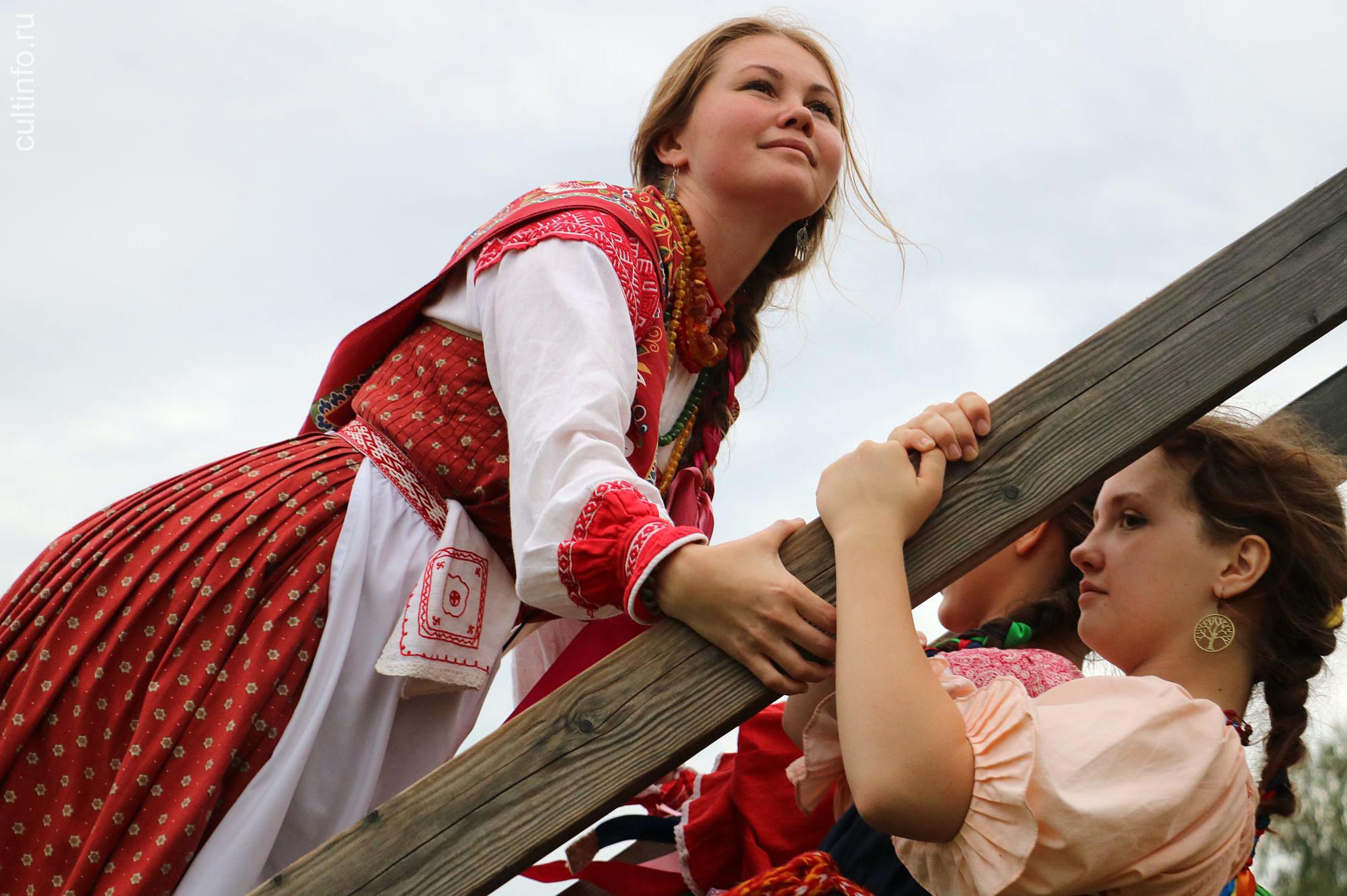 Вологодские фотографы готовятся к традиционному осеннему фотовернисажу. Работы еще принимаются...