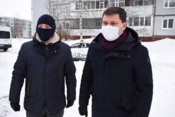 """Мэр Вологды раскритиковал управляющие компании за плохую уборку снега во дворах и назвал её """"бардаком"""""""