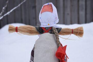 Конкурс на создание кукол «Масленица» проходит в Вологде