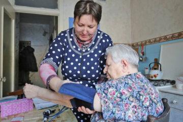 Почти 9 тысяч пожилых вологжан и инвалидов получили за год бесплатную социальную помощь на дому