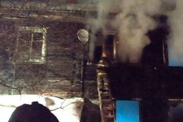 В Соколе при пожаре в готовящемся к расселению доме погиб мужчина