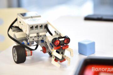 Вологодские школьники взяли призовые места на международной олимпиаде по робототехнике