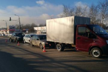 В Череповце произошло массовое ДТП с участием 4-х автомобилей
