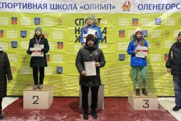 Шесть медалей привезли вологодские конькобежцы из Заполярья