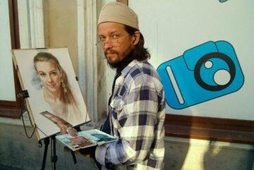 В Череповце открылась выставка портретов и шаржей нашего земляка Алексея Точина