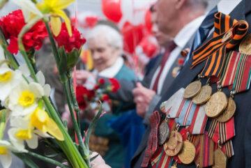 Вологодским ветеранам ко Дню Победы выплатили по 10 тысяч рублей