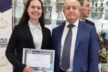 Кадет областного СКР победила в «Леденцовских чтениях»