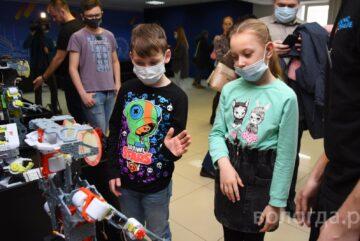 Международная выставка роботов открылась в Вологде