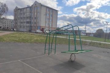 """Сокольские """"культуристы"""" в дугу согнули баскетбольный щит"""
