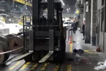 В Череповце под колеса погрузчика на территории «Северсталь-Метиз» попал человек
