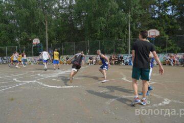 Порядка 400 спортсменов присоединились к фестивалю «Дыхание улиц» в Вологде