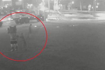 В Череповце задержали вандала, который отобрал клюшку у арт-объекта